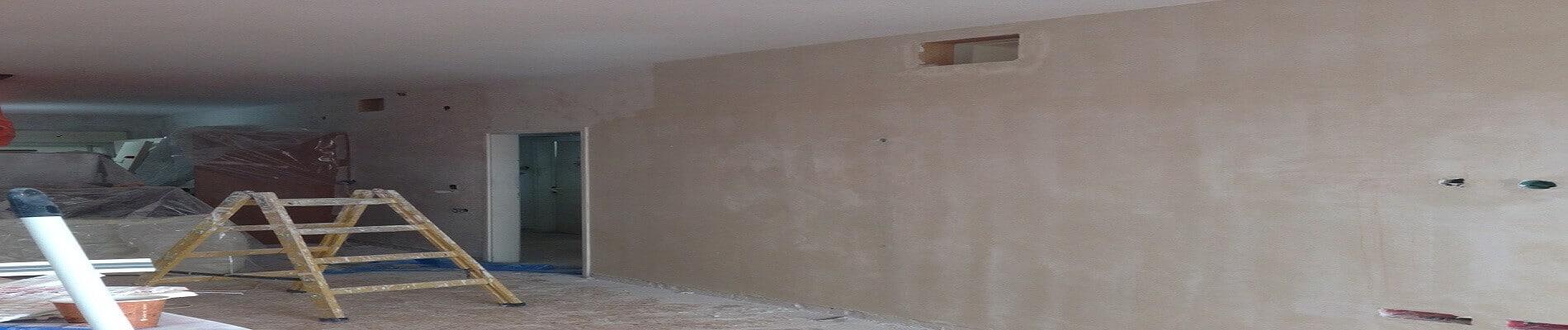 עבודות צבע ושפכטל מלא בקירות